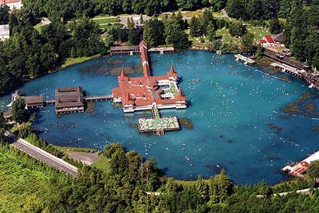 озеро Хевиз Венгрия